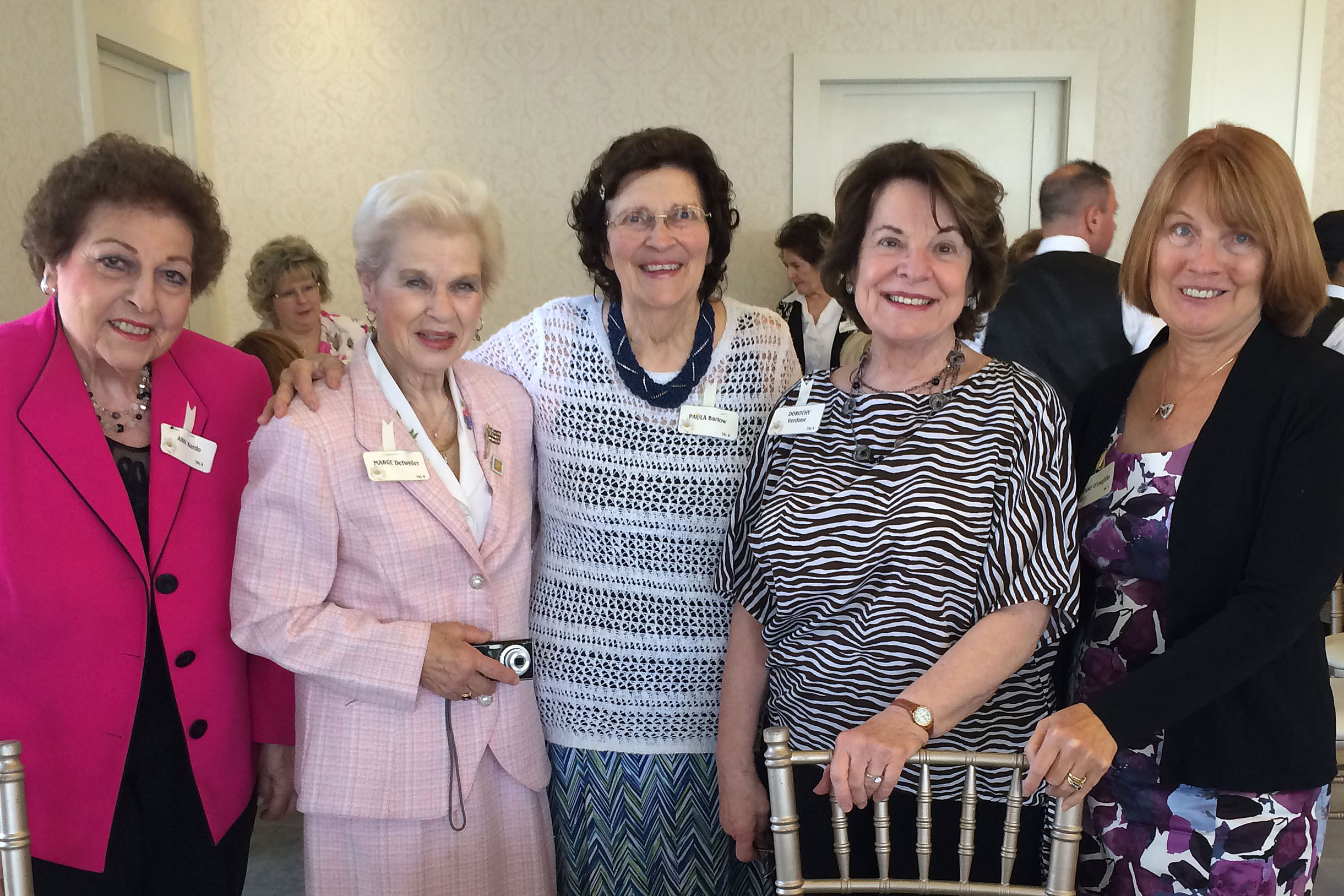 Ann Nardo, Marjorie Detweiler, Paula Bartow, Dorothy Verdone and Anne O'Loughlin enjoyed the 2016 Achievement Day Luncheon.